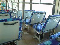 市バスの内部